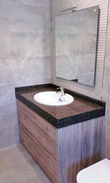 Fabricacion venta y montaje de muebles de ba o en madrid for Exposicion muebles madrid
