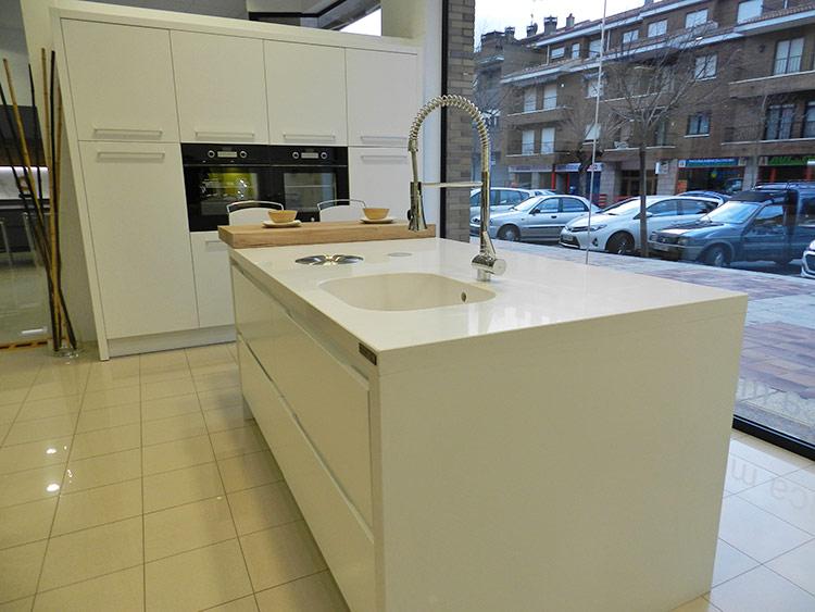 Fabricacion, venta y montaje de muebles de cocina en Madrid y Avila.