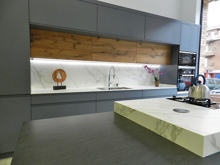 Fabricacion venta y montaje de muebles de cocina en for Rubro 7 muebles de cocina