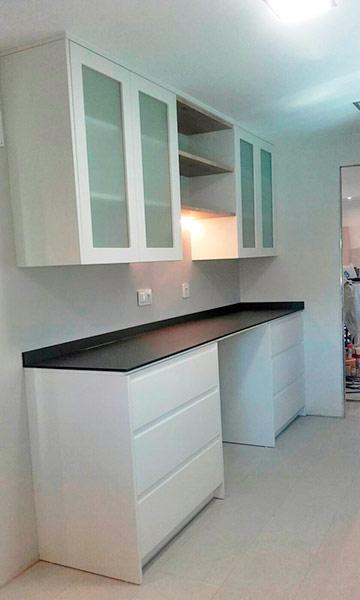 Trabajos de montaje de muebles de cocina y ba o en madrid for Muebles de cocina para montar