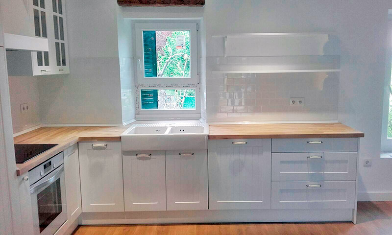 Trabajos de montaje de muebles de cocina y ba o en madrid for Muebles de cocina sims 4