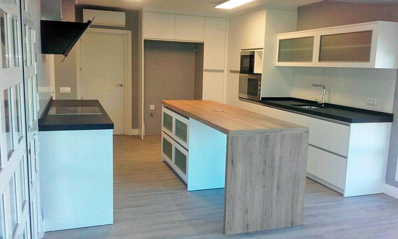 Muebles de dise o valencia idea creativa della casa e - Montaje de cocina ...